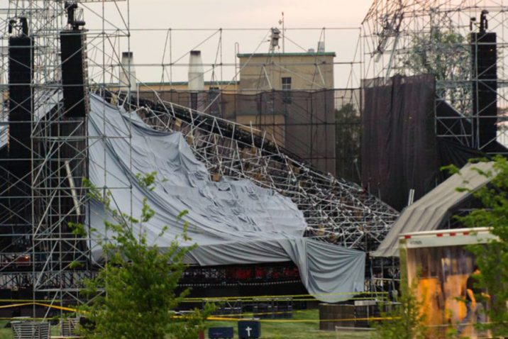 Toronto Downsview Stage Collapsed at Radiohead show.